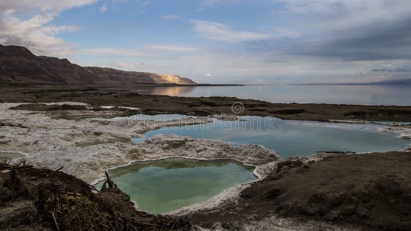 Effondrements de mer morte au plus bas endroit au monde photographie stock libre de droits