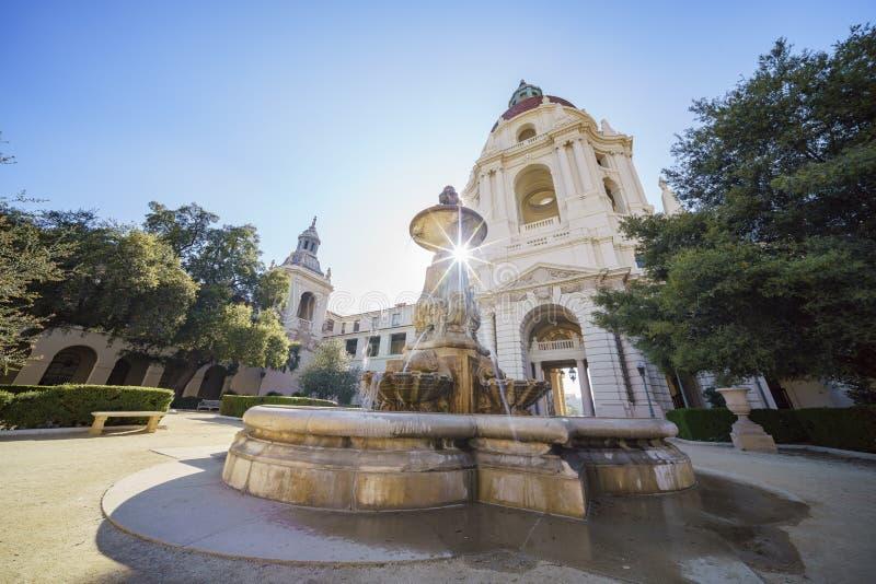 Eftermiddagsikt av det härliga Pasadena stadshuset på Los Angeles, Kalifornien arkivbild
