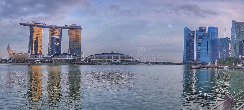 Eftermiddagsikt av det Marina Bay Singapore landskapet fotografering för bildbyråer