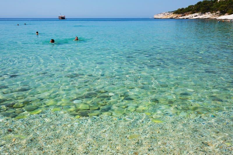 Download Egeïsche Overzees In Griekenland Redactionele Stock Foto - Afbeelding bestaande uit egeïsch, swimming: 39112778