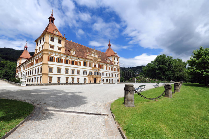 Eggenberg Schloss in Graz lizenzfreie stockbilder