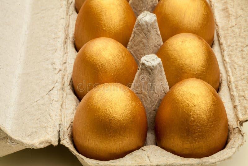 eggs золотистое стоковые изображения