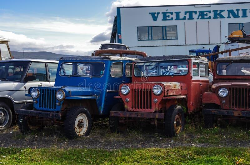 Egilsstadir Iceland, Sierpień, - 28, 2014: Stary porzucał wszystkie koło obraz royalty free