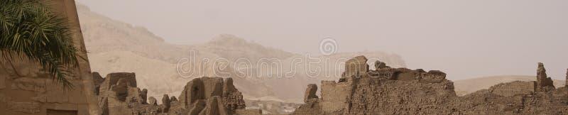 Download Egipskie góry zdjęcie stock. Obraz złożonej z mamusia - 13342418