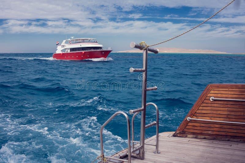 Egito, Hurghada, 3 12 2018, yaht no Mar Vermelho Feriado e conceito do curso fotos de stock royalty free