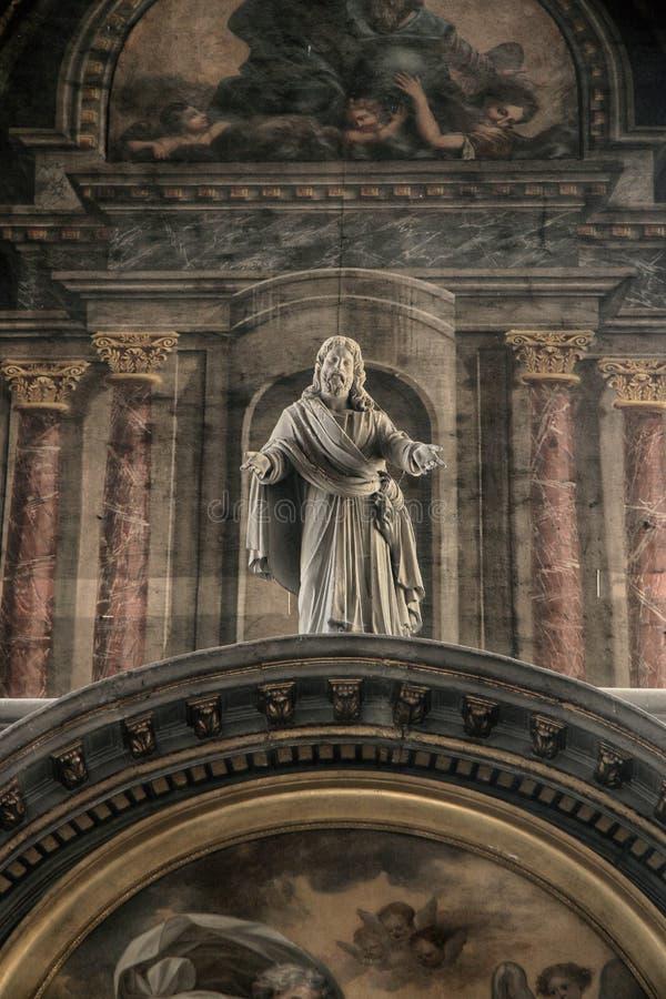 Eglise Notre Dame, Fontenay le Comte, Vendee, Frankrike royaltyfria bilder