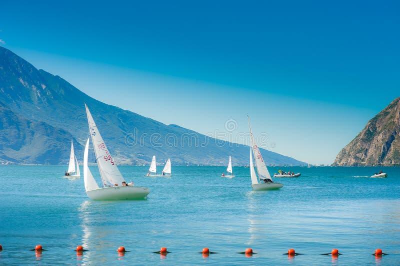 Żeglowanie łodzie zdjęcie royalty free