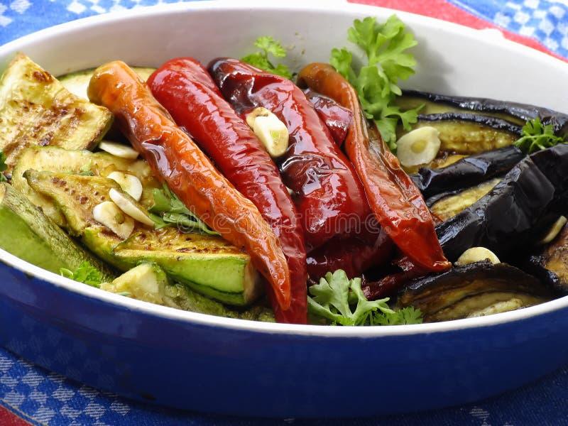 Egplant frita, calabacín y pimientas foto de archivo libre de regalías