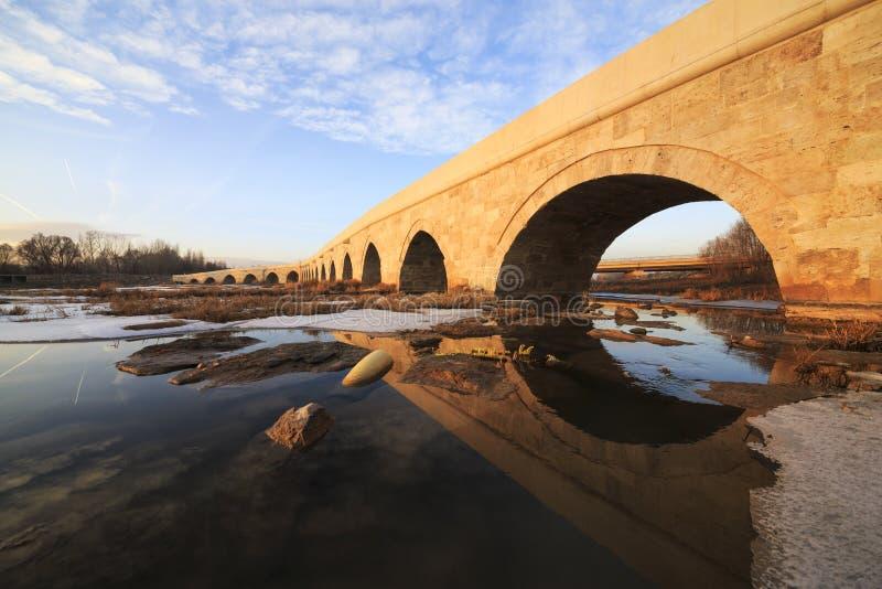 Egri bro i Sivas, Turkiet arkivbild