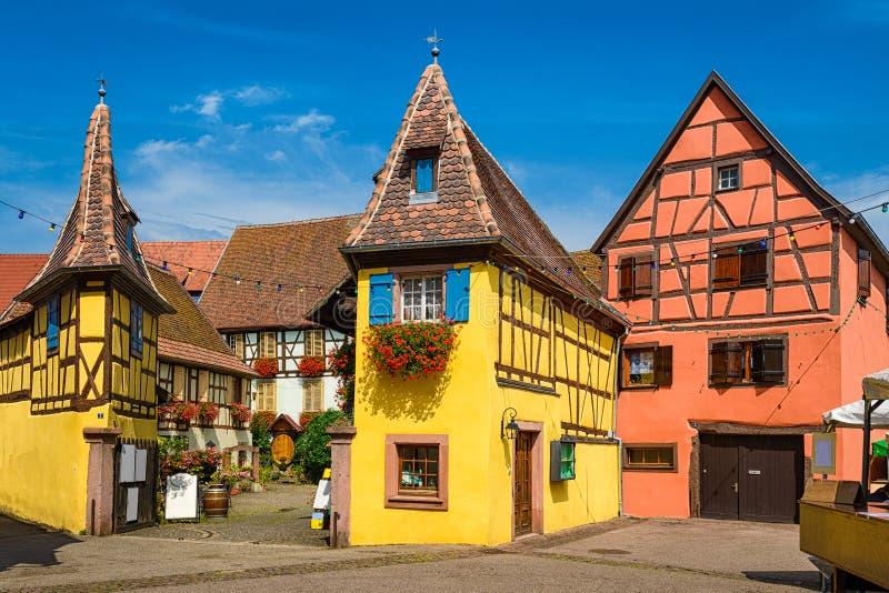 Eguisheim i Alsace, Frankrike royaltyfria bilder