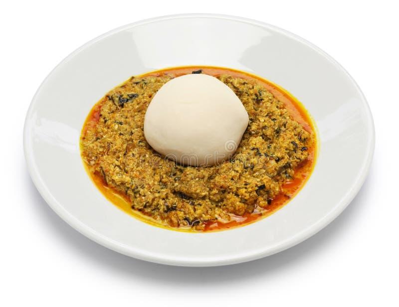 Egusisoep en verpletterde yam, Nigeriaanse keuken royalty-vrije stock afbeelding