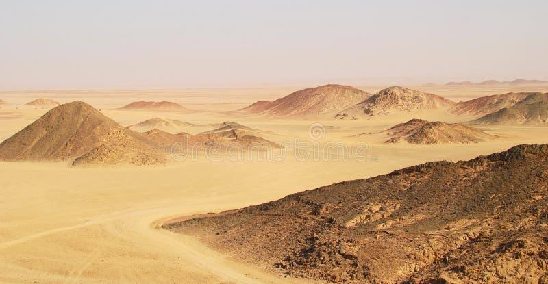 Download Egypt obraz stock. Obraz złożonej z trawy, czerwień, oparzenie - 13337799