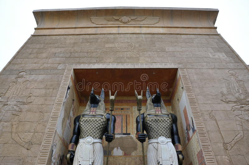 Download Egypt Arch And Guards Royalty Free Stock Photos - Image: 26497448
