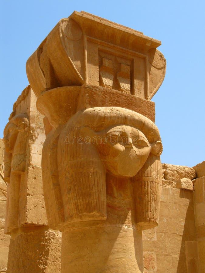 egypt hatshepsut görar till kung den luxor tempeldalen royaltyfria bilder