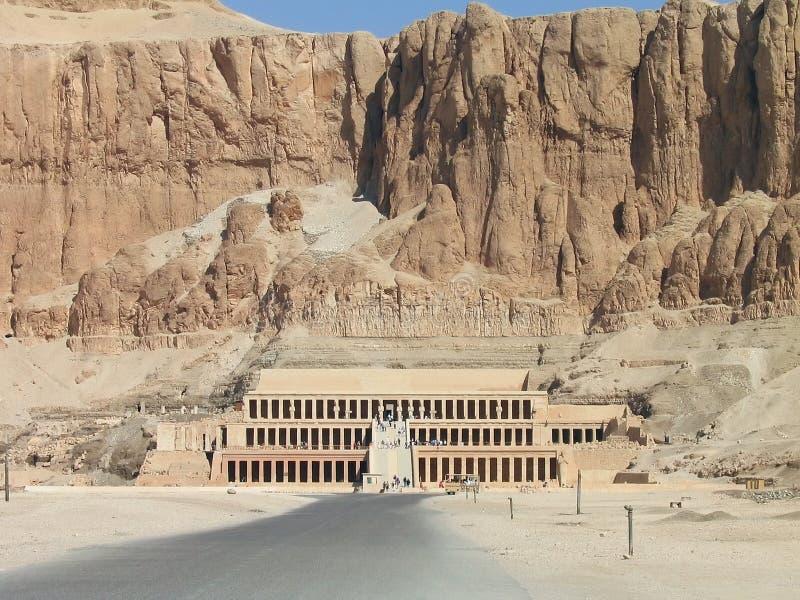 egypt hatshepsutkonungar görar till drottning tempeldalen fotografering för bildbyråer