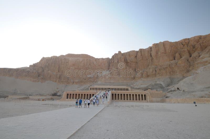 egypt hatshepsuttempel royaltyfri foto