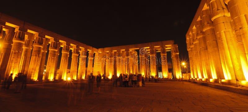 egypt Luxor noc świątynia obraz stock