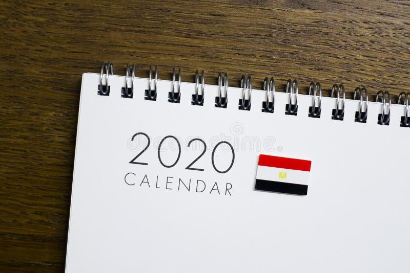 Egypten flagga på kalendern 2020 royaltyfri foto