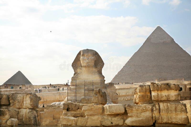 Egypten Giza, pyramider royaltyfria bilder