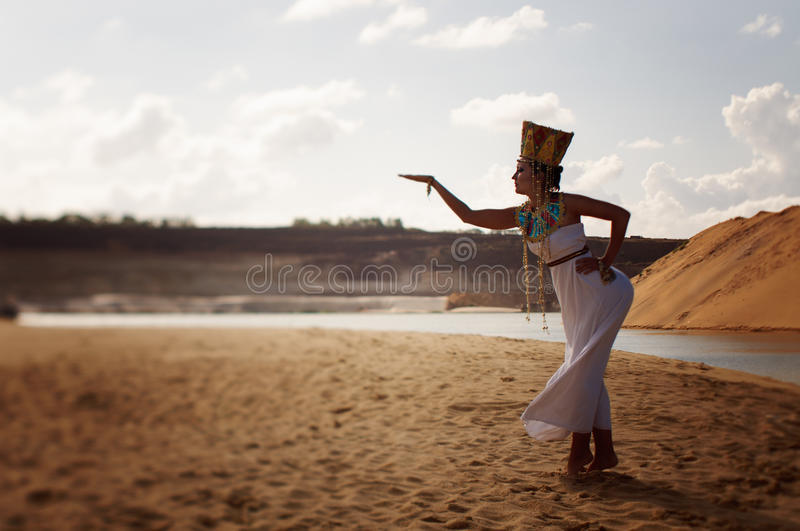 Download Egyptian Queen Royalty Free Stock Photos - Image: 26324038