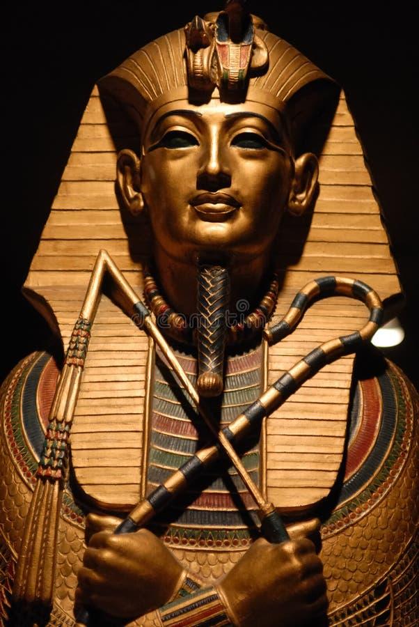 Egyptisch standbeeld stock foto's
