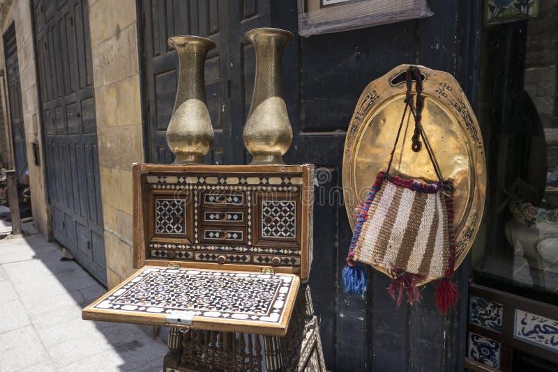 Egyptische antiquiteiten en ambachten voor verkoop stock afbeeldingen