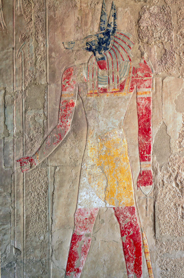 Egyptische God Anubis, een oude fresko stock foto