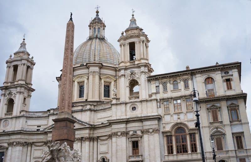 Egyptische obelisk van Piazza navona in Rome stock fotografie