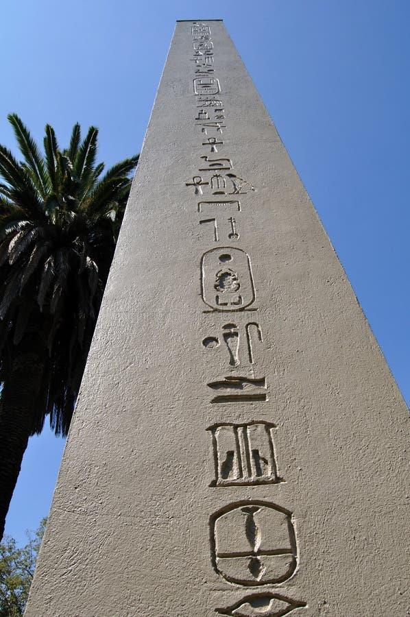egyptisk obelisque royaltyfri fotografi