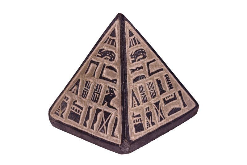 Egyptisk pyramid för souvenir som isoleras på en vit bakgrund royaltyfri fotografi