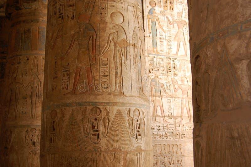 egyptiska hieroglyphcs fotografering för bildbyråer