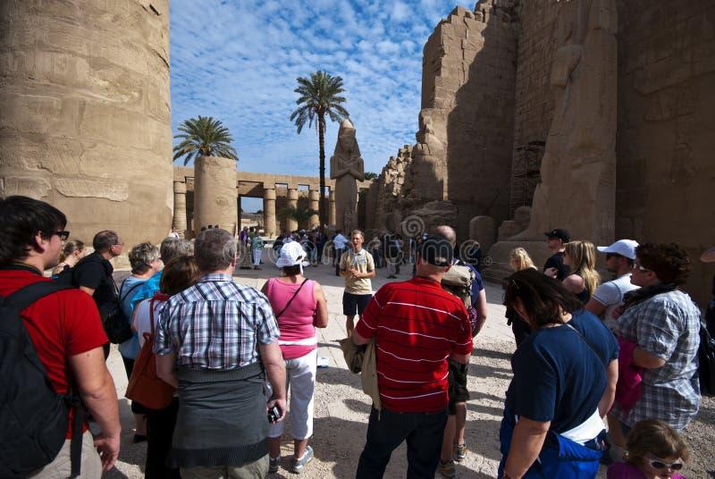 egyptiska turister arkivbild