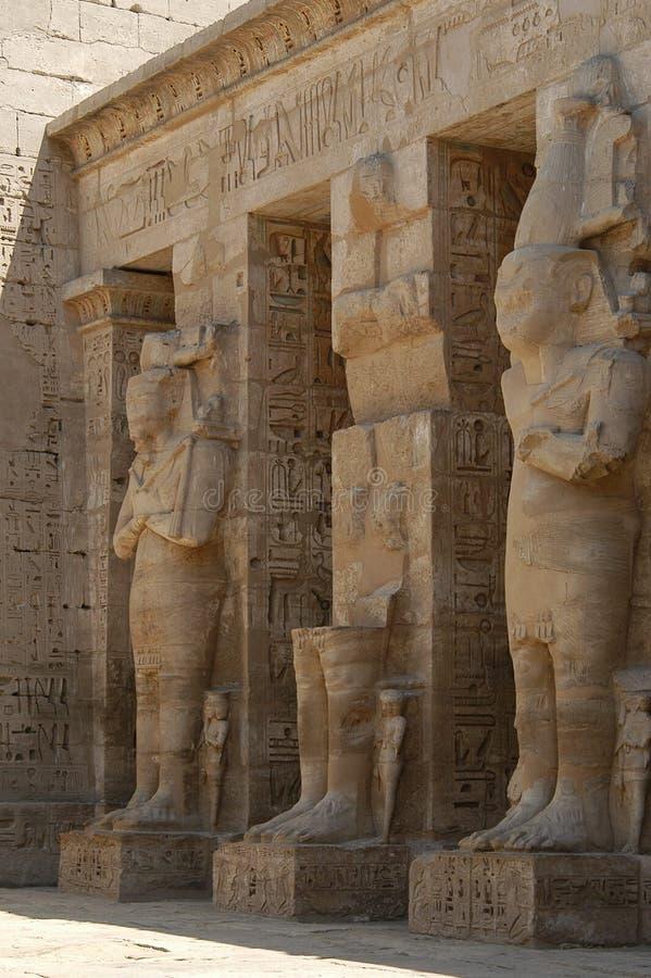 egyptiskt tempel royaltyfria bilder