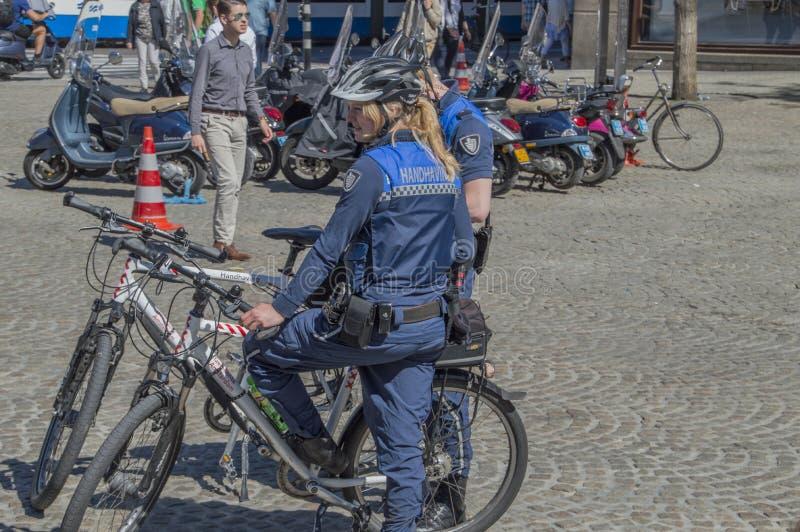 Egzekwowanie pracownicy Przy Amsterdam holandie obraz stock