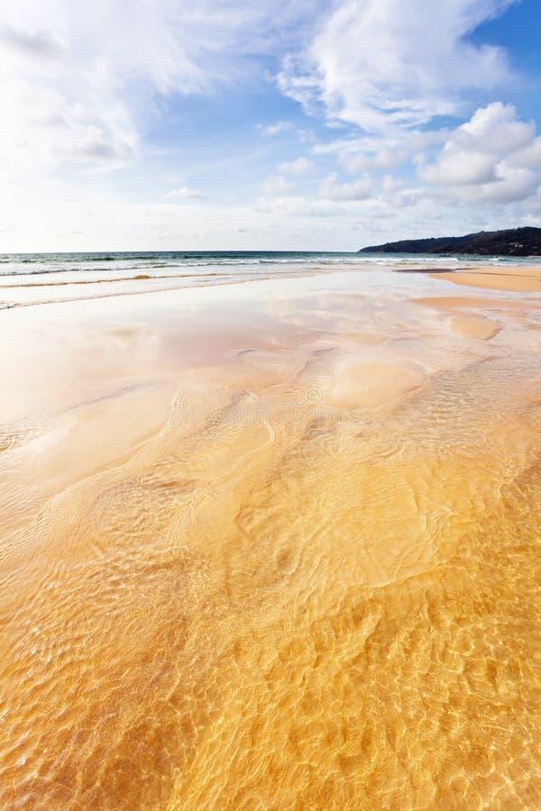 Egzotyczna tropikalna plaża. obraz royalty free