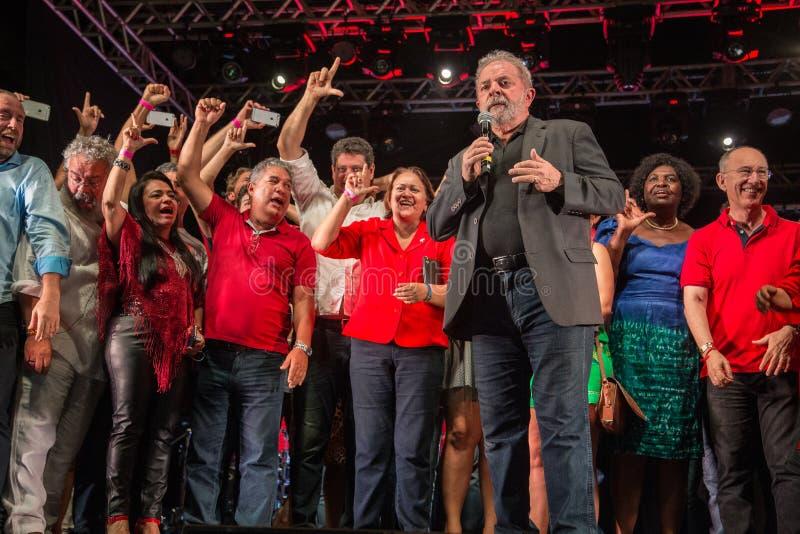 Ehemaliger brasilianischer Präsident Lula macht eine Rede stockbild