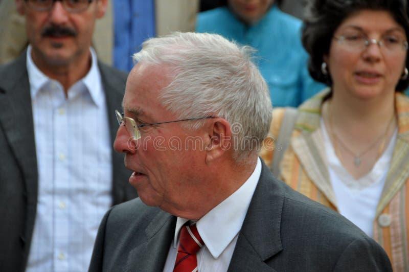 Ehemaliger Schweizer Bundesgouverneur und Kanzler Christoph Blocher, der ein Interview zum Schweizer Fernsehen am Schweizer Staat lizenzfreie stockfotos