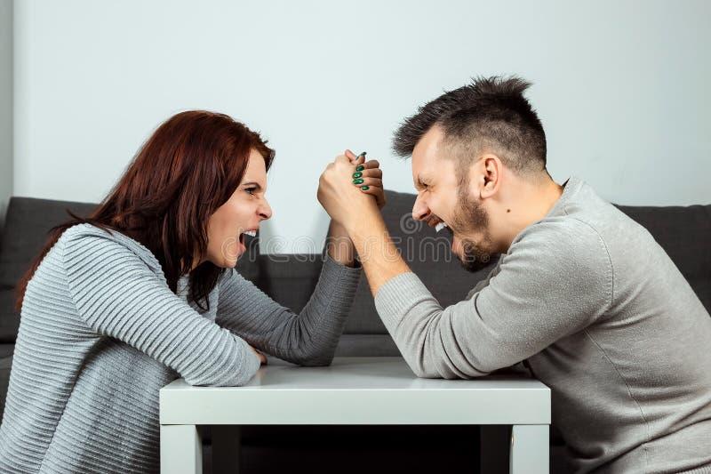 Wettkampf Zwischen Weiblichem Und Männlichem Orgasmus