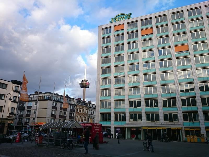 Ehrenfeld en Colonia en el tiempo del día fotos de archivo libres de regalías