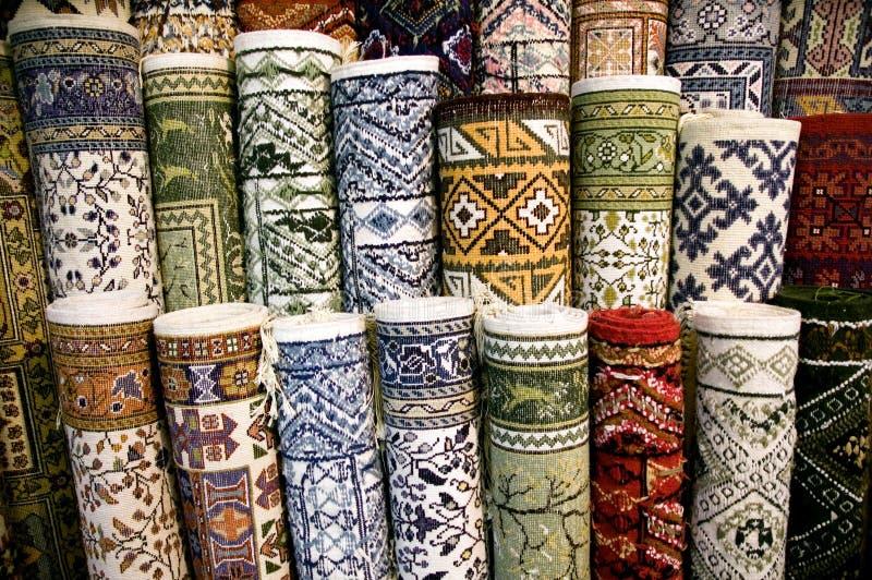 Ehtnic legt Beschaffenheit mit Teppich aus lizenzfreies stockbild