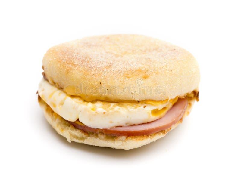 Ei, de Canadese Bacon en Sandwich van het Kaasontbijt royalty-vrije stock afbeeldingen
