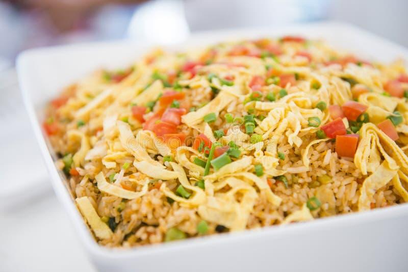 Ei gebraden rijst met groente royalty-vrije stock afbeeldingen
