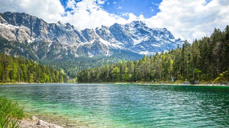 Eibsee Zugspitze immagine stock