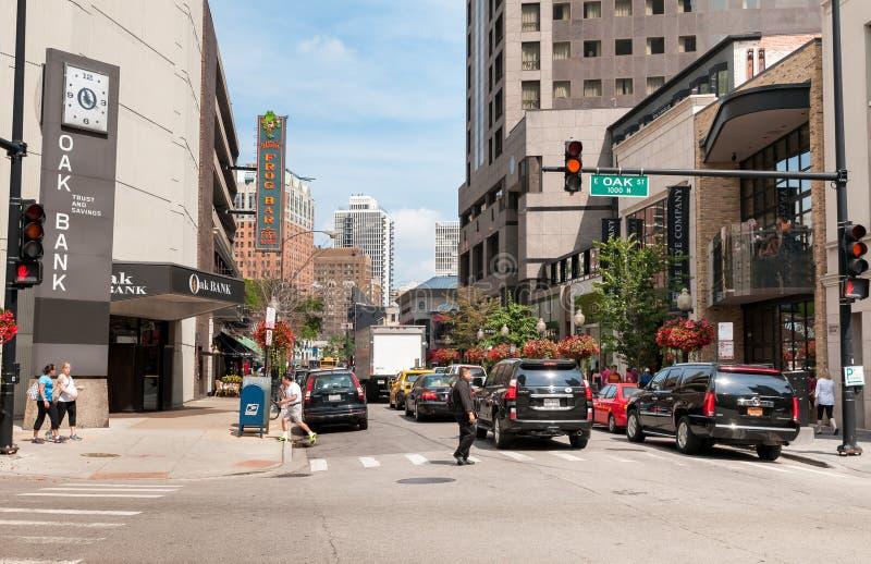 Eichenstraße in Gold Coast-Nachbarschaft, die Straße bringt die höchste Konzentration von Luxusmodemarken in Chicago-Stadtzentrum lizenzfreie stockbilder