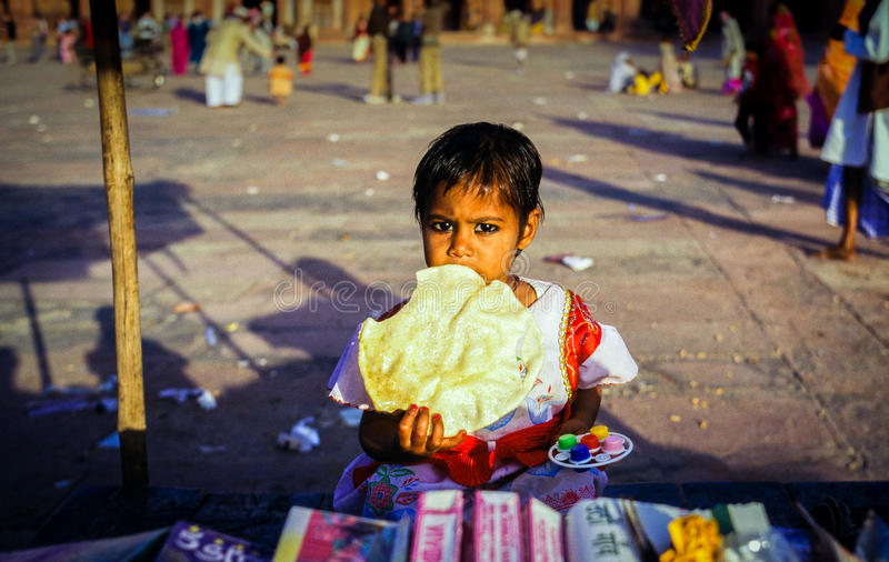 Eid节日的幼儿在法泰赫普尔西克里,印度 免版税图库摄影