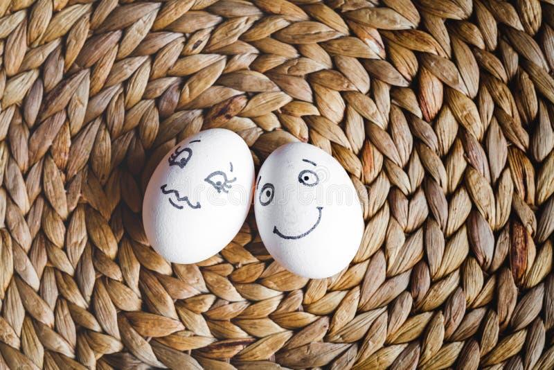 Eier der Konzeptmenschlichen beziehungen und -gefühle - Flirt lizenzfreie stockfotografie