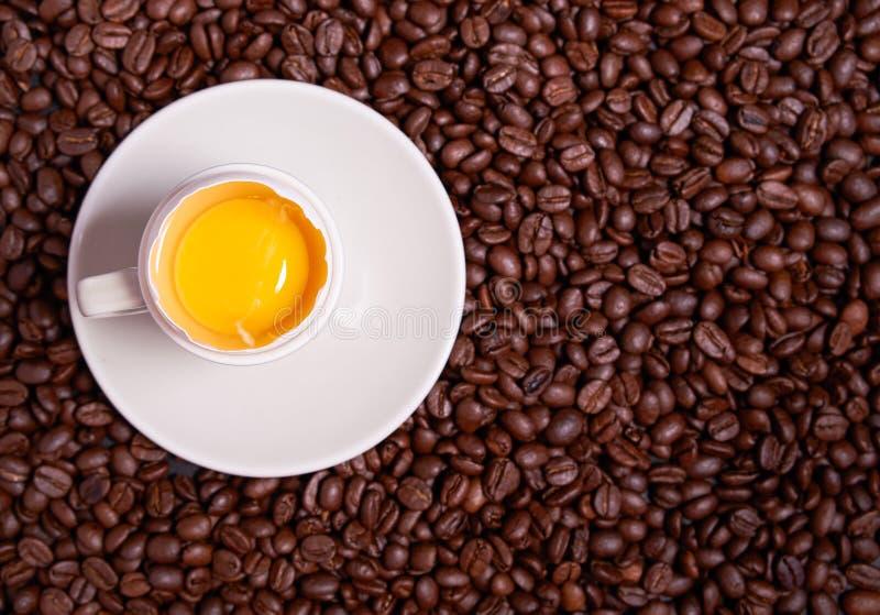 Eier und Kaffee stockbilder