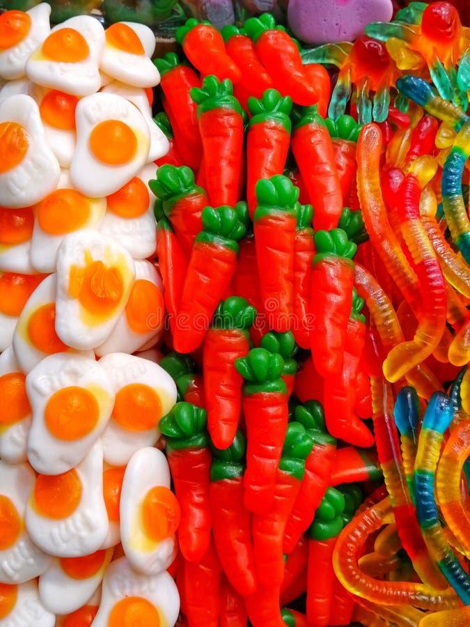 Eieren en wortelen royalty-vrije stock afbeeldingen