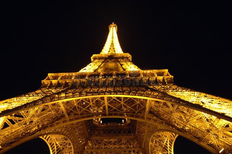 eiffel night tower στοκ εικόνα με δικαίωμα ελεύθερης χρήσης