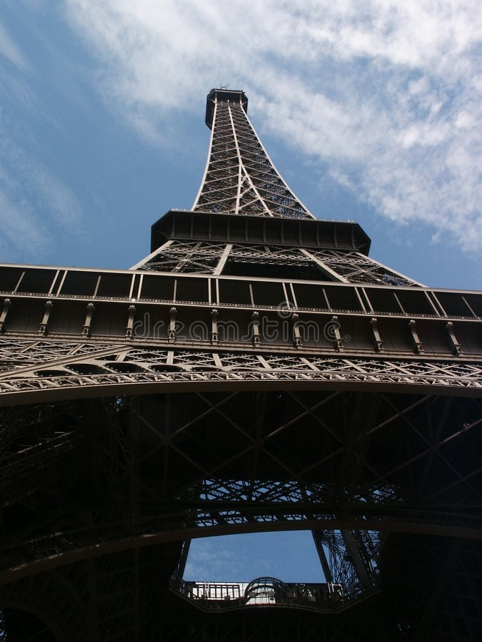 Free Eiffel Tower Royalty Free Stock Images - 1122039